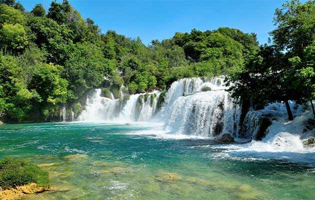 split - krka-waterfalls transfer by split transfers